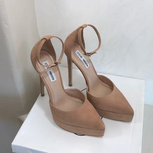 Steve Madden Shoes - Steve Madden Vital Camel Nubuck size 9